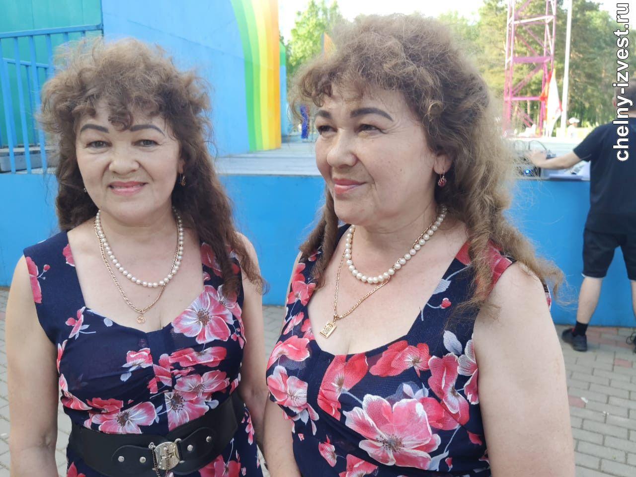 шествие двойняшек в челнах