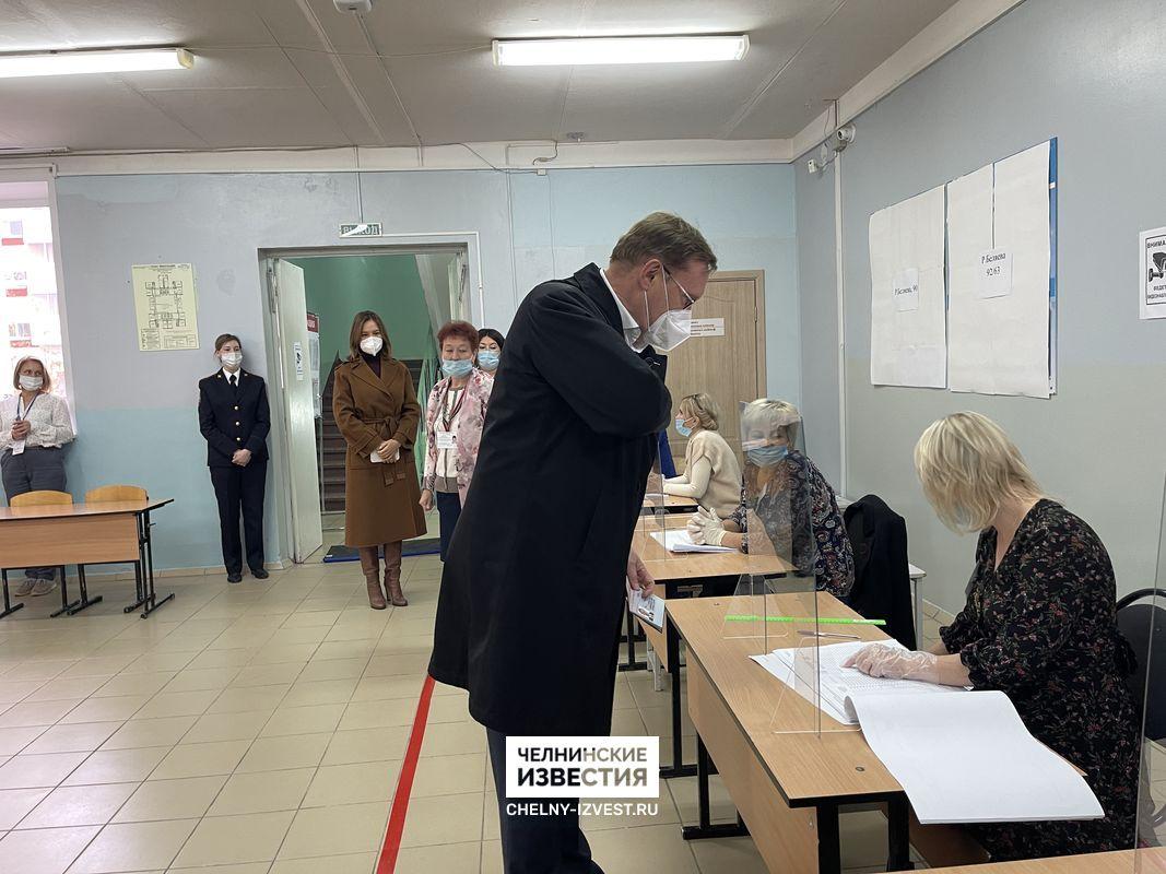 Гендиректор ПАО «КАМАЗ» Сергей Когогин проголосовал на выборах
