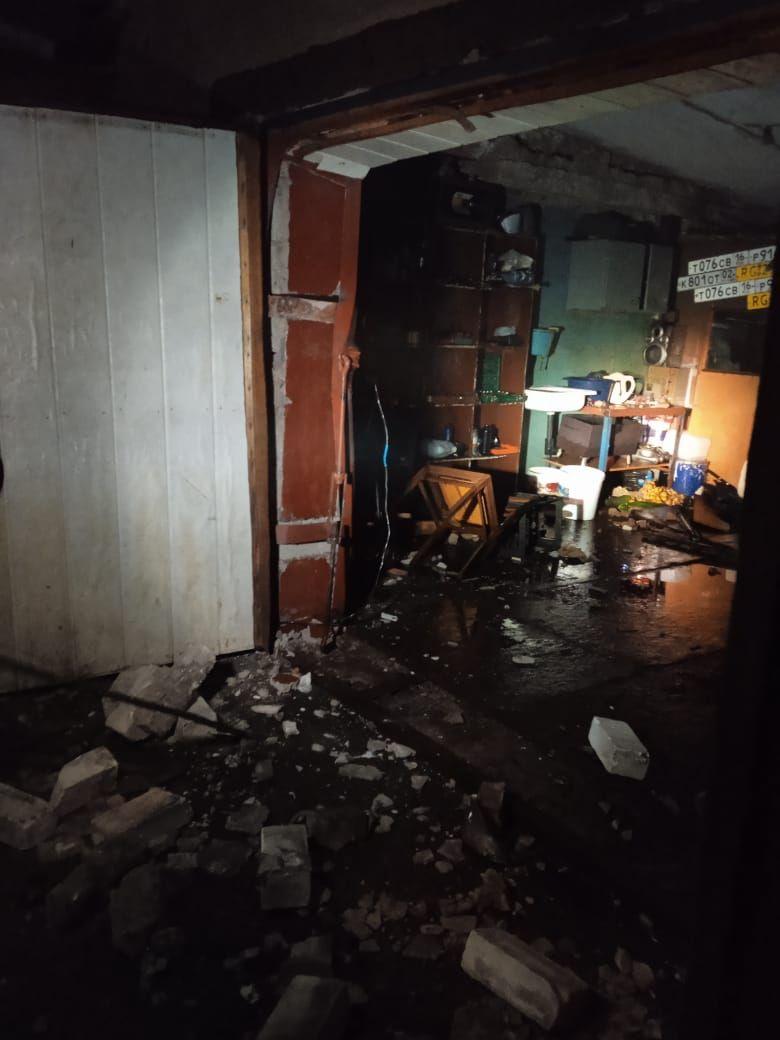 В Татарстане в результате взрыва газа в гараже пострадали три женщины