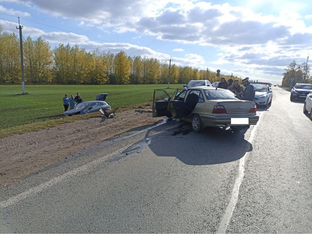 В результате ДТП в Татарстане пострадали три человека