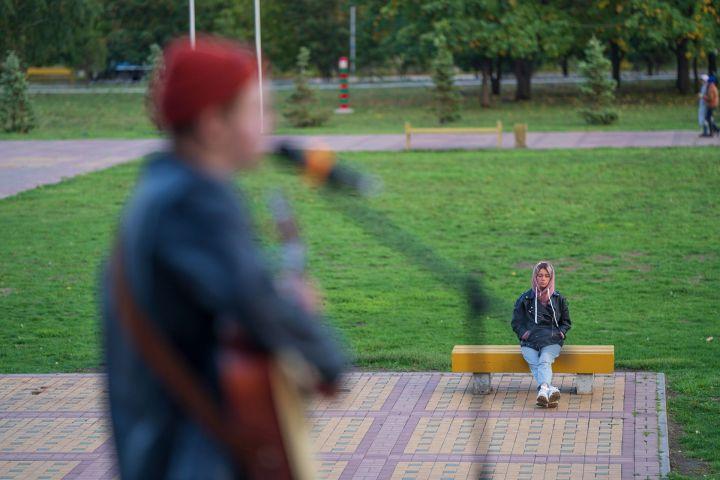 Молодежь Набережных Челнов собиралась на концерте в парке Победы