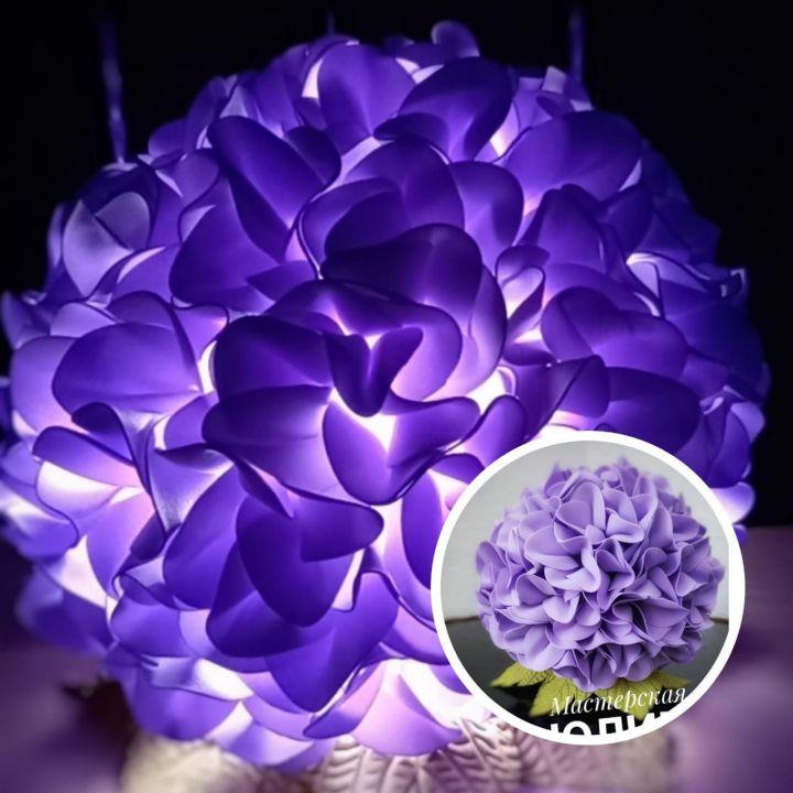 Цветы-светильники и коврики из трав: многодетная челнинка ночами создает шедевры из хлама
